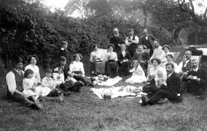 Picnic in Henry Drew's orchard, Barbers Hill Cottage 1913